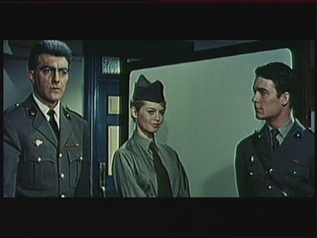 BRIGITTE BARDOT - BABETTE  S'EN VA-T-EN GUERRE - 1959