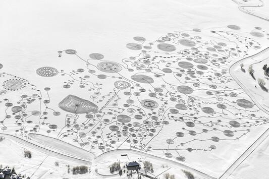 un tableau dans la neige