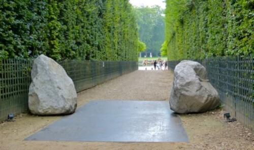 Lee-Ufan-relatum-earth-of-the-bridge-Versailles-20837.jpg