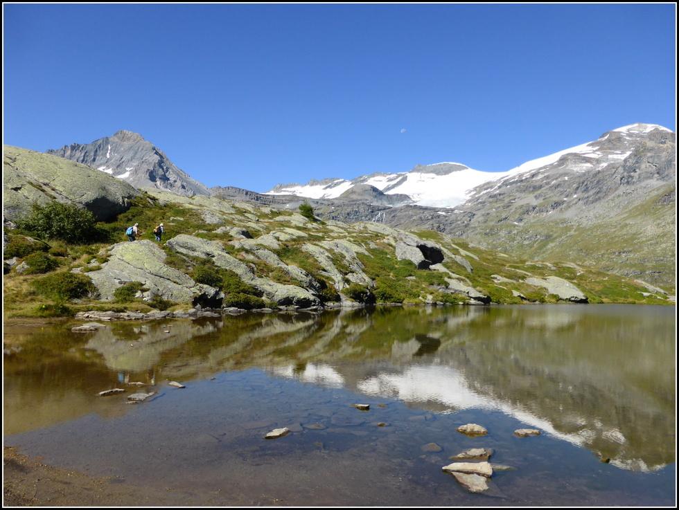En Haute-Maurienne : Le lac Blanc et le refuge : N°2