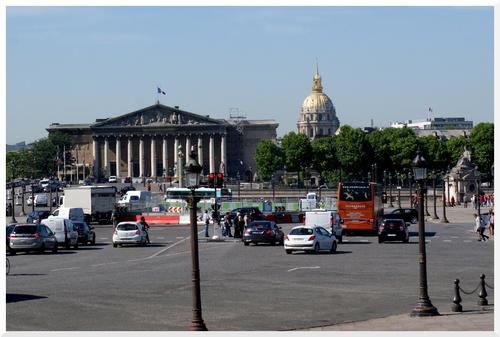 6. Visiter Paris en bus à plateforme