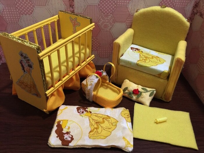 LITS D' ENFANTS (CHILDREN BEDS)