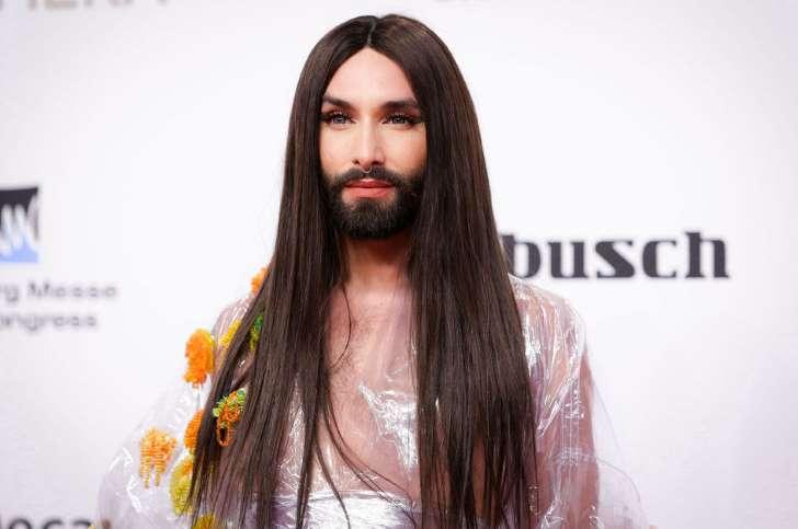 Menacée par un ancien ami, Conchita Wurst révèle être séropositive