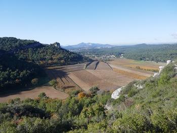 Vue sur la plaine de Roquefort