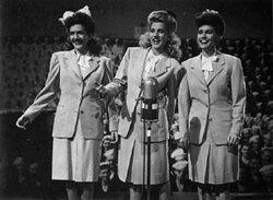 Succès : Andrews Sisters