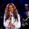 Beyonce dans Late Night avec Jimmy Fallon hier le 28 juillet 2011