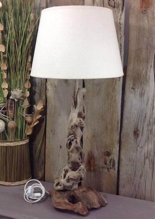 superbe lampe design en bois flotté