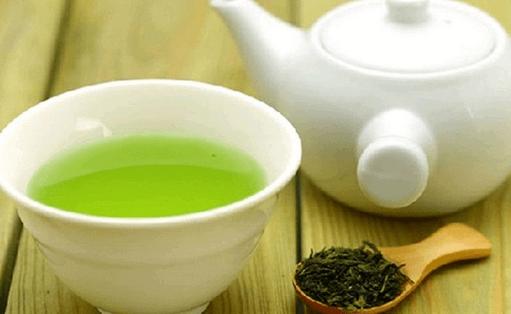 thé vert pour traiter la calvitie