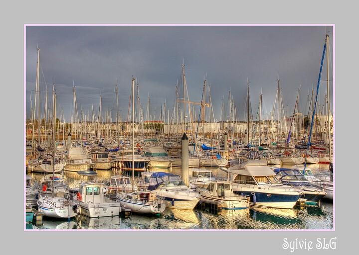 Bateaux du port Olonna