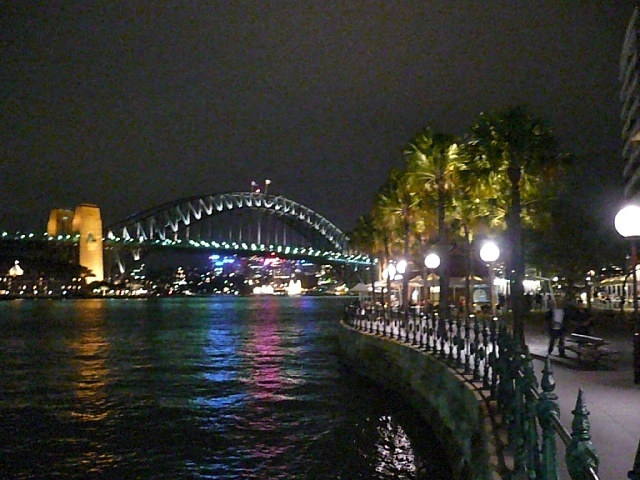 Harbour brige by night