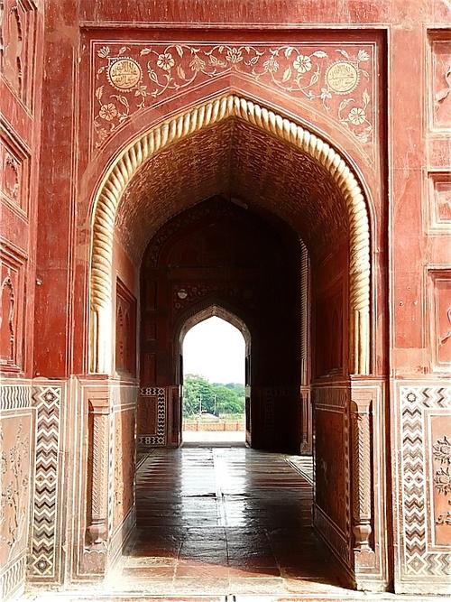 la mosquée du Taj Mahal; l'intérieur