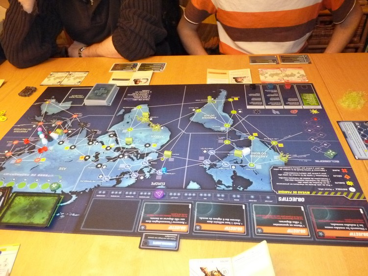 Pandémie Legacy 1
