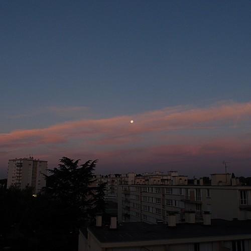 La lune le matin