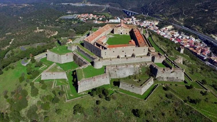 Le Fort de BelleGarde | Mairie Le Perthus