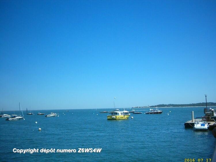 il fait très beau au Cap Ferret et ont a une vue magnifique sur la plage