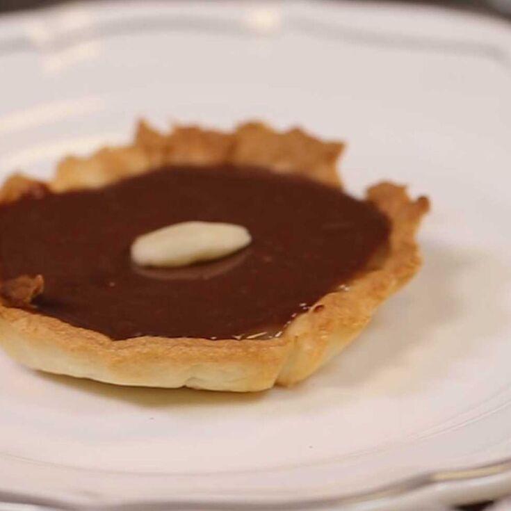 La recette de la tarte au chocolat caramel - Le goûter de Faustine ...