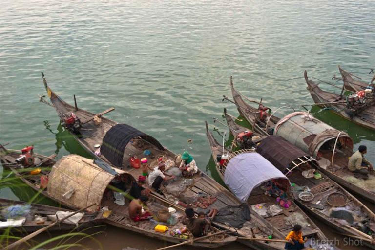 Retour de pêche sur les rives du Mékong à Kompong Cham