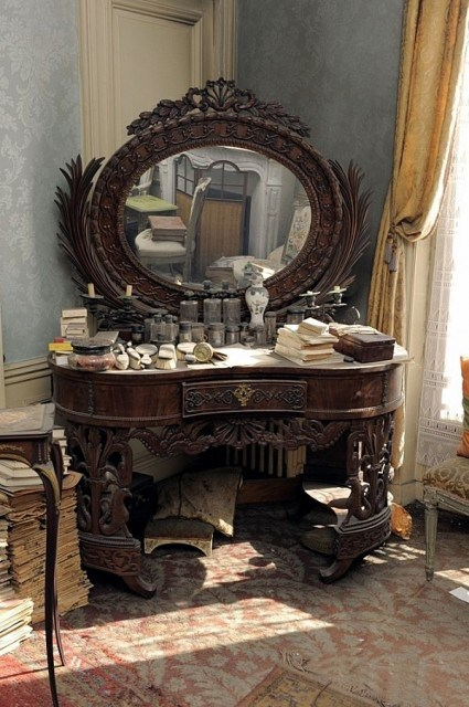 Appartement de Madame de Florian : coiffeuse