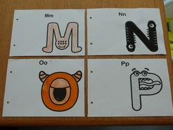 Alphabet monstrueux