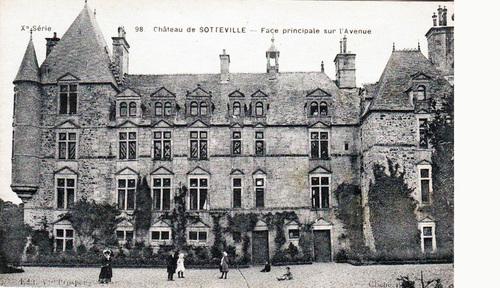 LES REMPARTS DE SOTTEVILLE (Manche)