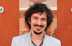 * Arnaud Tsamere