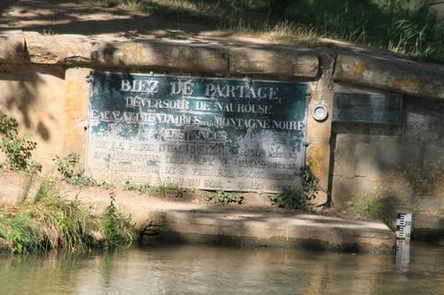 LE CANAL DU MIDI . (partage des eaux)