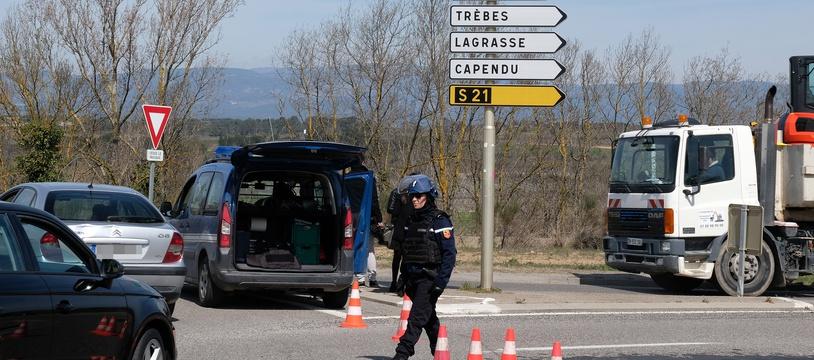Aude : prise d'otages dans un supermarché de Trèbes, un homme retranché se revendique de Daech