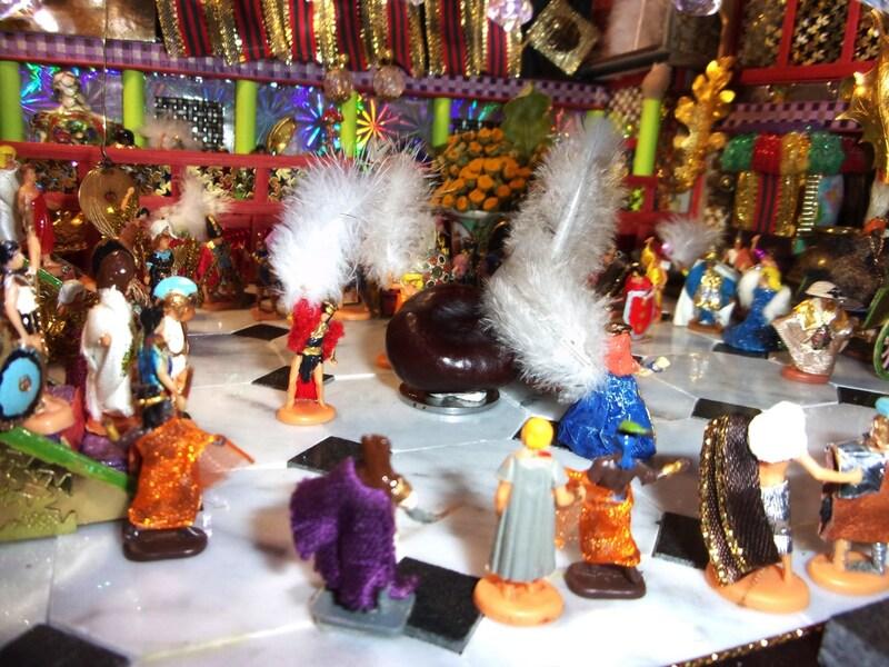 Aujourd'hui : la Fête du Premier Marron Trouvé et sacrifice du Père Nowel dans l'arène