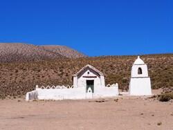 Même si les villages sont minuscules, il y a toujours une église!