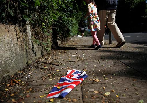 Drapeau britannique après la pluie et le Brexit, 24 juin 2016