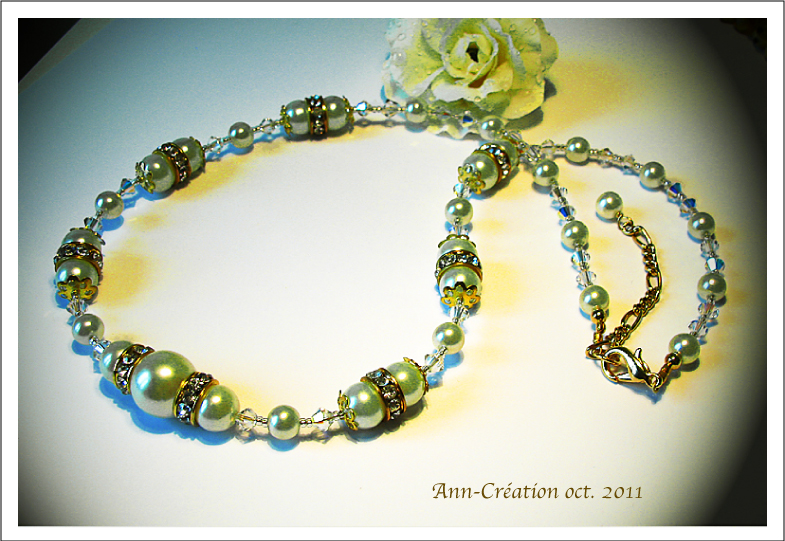 Collier Necklace Perles Verre Nacré Crème / Mariage Marriage / Plaqué Or Gold Plated on Brass