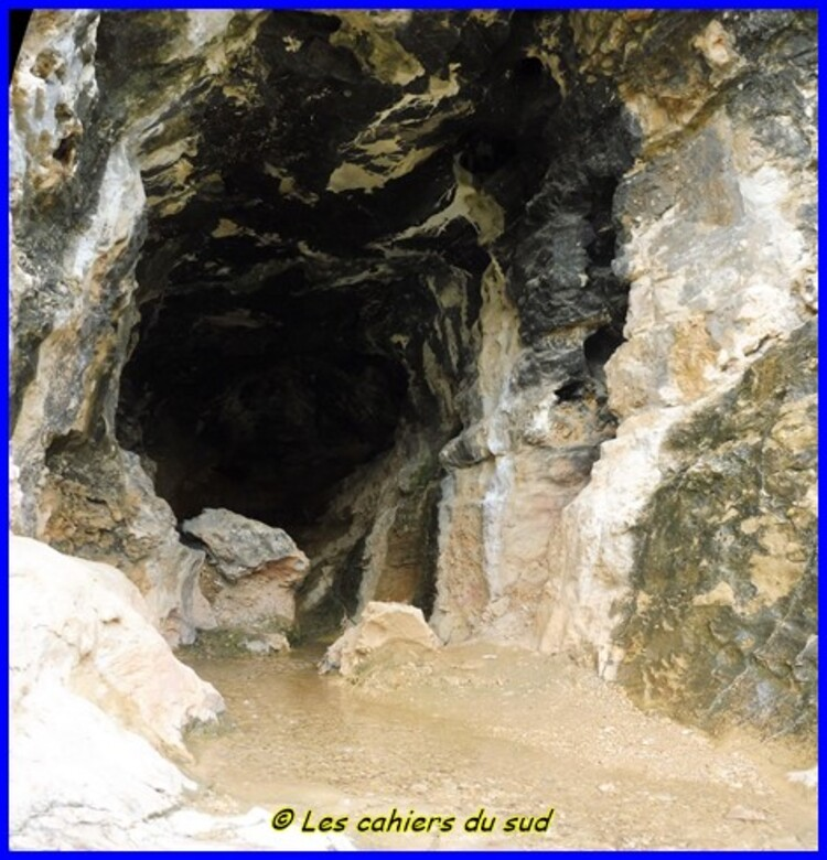 Garlaban, la source du Chien