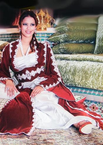 Takchita-2015-blanc-argenté-et-rouge-chic pour vos soirée marocaine vendu sur mesure et pas cher en ligne TAK-S877