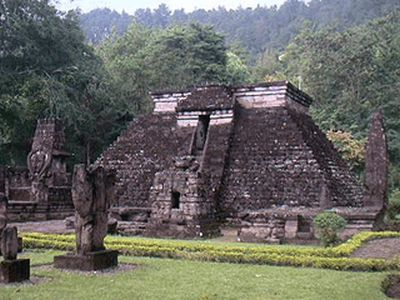 Pyramide Sandi Sukuh Indonésie