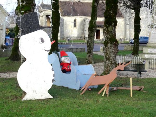 Villaines en Duesmois et Coulmier le Sec décorés pour les fêtes de 2013...