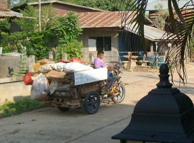 Plastique en stock en Thaïlande !