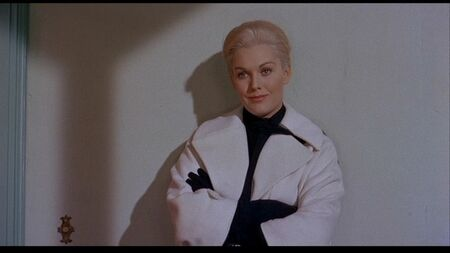 new_a_vertigo_alfred_hitchcock_dvd_review_jimmy_stewart_kim_novak__5610