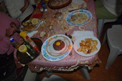Le tartare de chameau et ses pomme de terre sautées