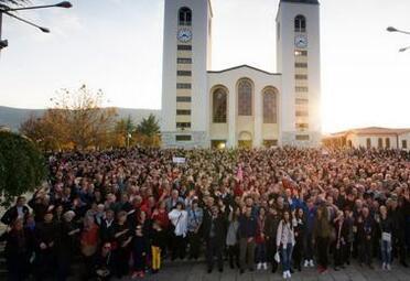 LU SUR FACEBOOK : Le seul signe qui indique que nous sommes en novembre, à Medjugorje
