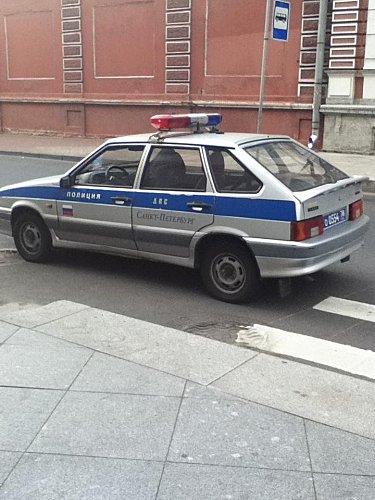 St Pétersbourg , voiture police