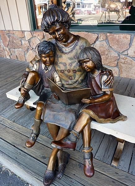 Jour 9 Jackson sculpture