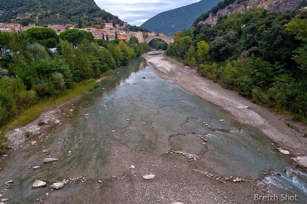 Nyons, pont roman sur l'Eygues