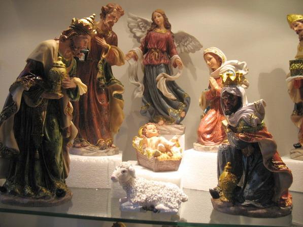 Les crèches de Noël 2015 Maredsous-creche-de-noel-2