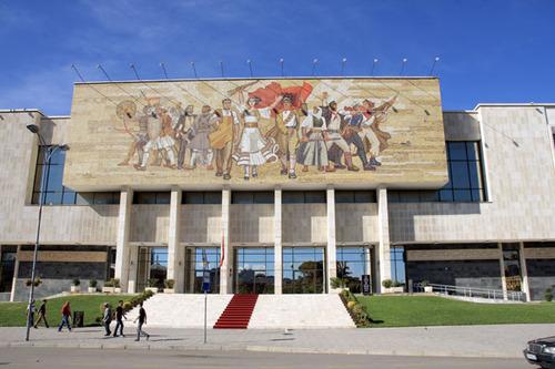 9-Albanie de Sköder à Tirana