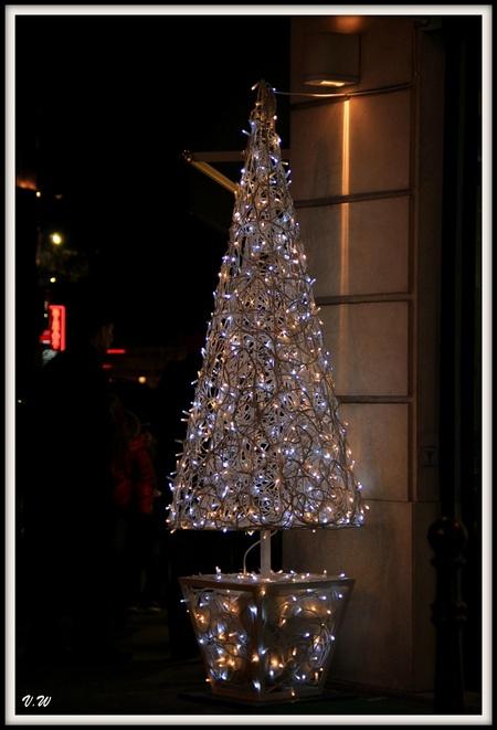 Décorations de Noël sur les grans boulevards
