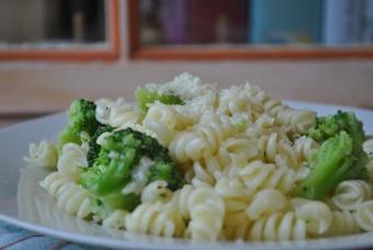 Pâtes aux brocolis et parmesan