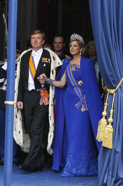 Robe du couronnement de Maxima