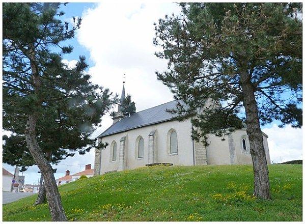 saint-leo-dehors-copie-1.jpg
