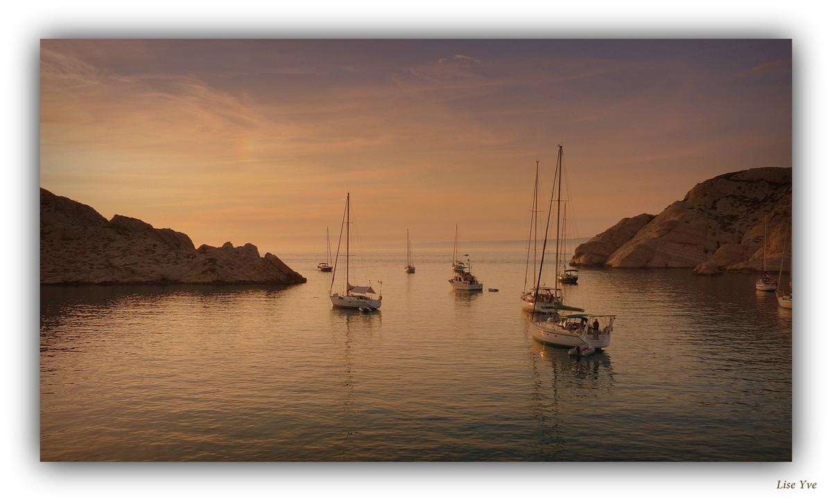 La mer est belle et pleine de voyages...