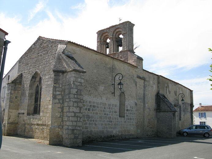 Saint-Mard, vue arriève de l'église.jpg
